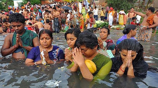 Astami Snan begins at Langalbandh