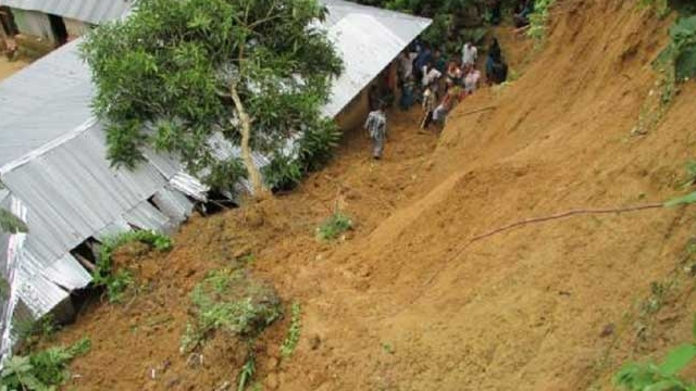 5 killed in Bandarban landslide