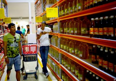 Cuba opens 1st wholesale food market for private sector