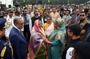 President hosts reception on Independence Day